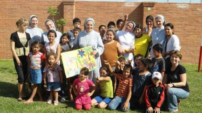Dzieci w Paragwaju zdjęcie grupowe