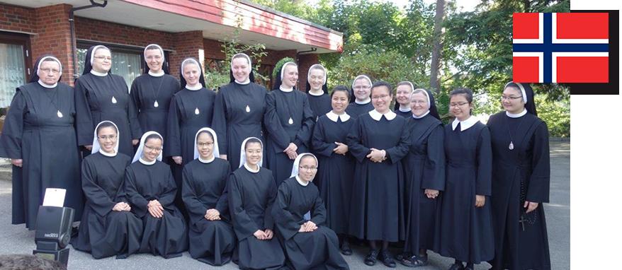zdjęcie grupowe sióstr w Norwegii